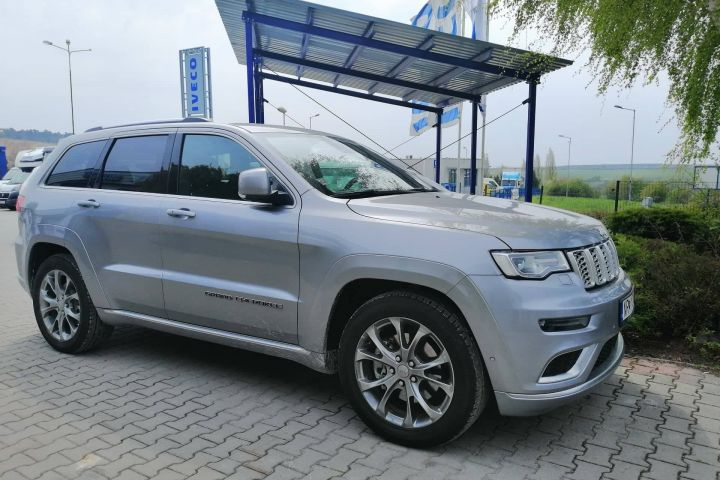 Jeep Grand Cherokee séria 3 3.0 CRD 250 k 4WD Auto8 Summit