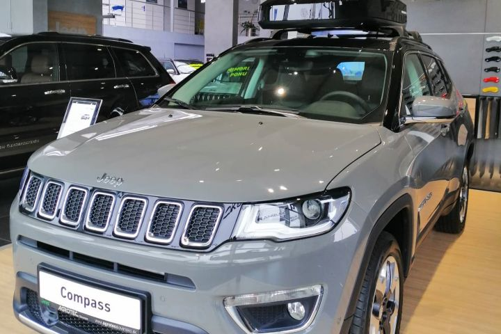 JEEP COMPASS séria 2 1.4 MultiAir 170 k AT9 Limited